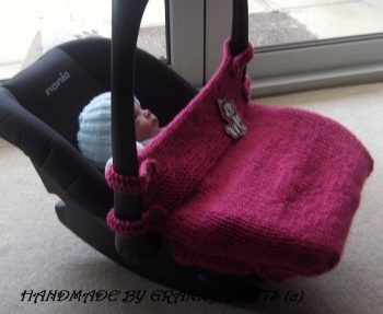 Red- Newborn Baby Knitted Fitted Car Seat Cover